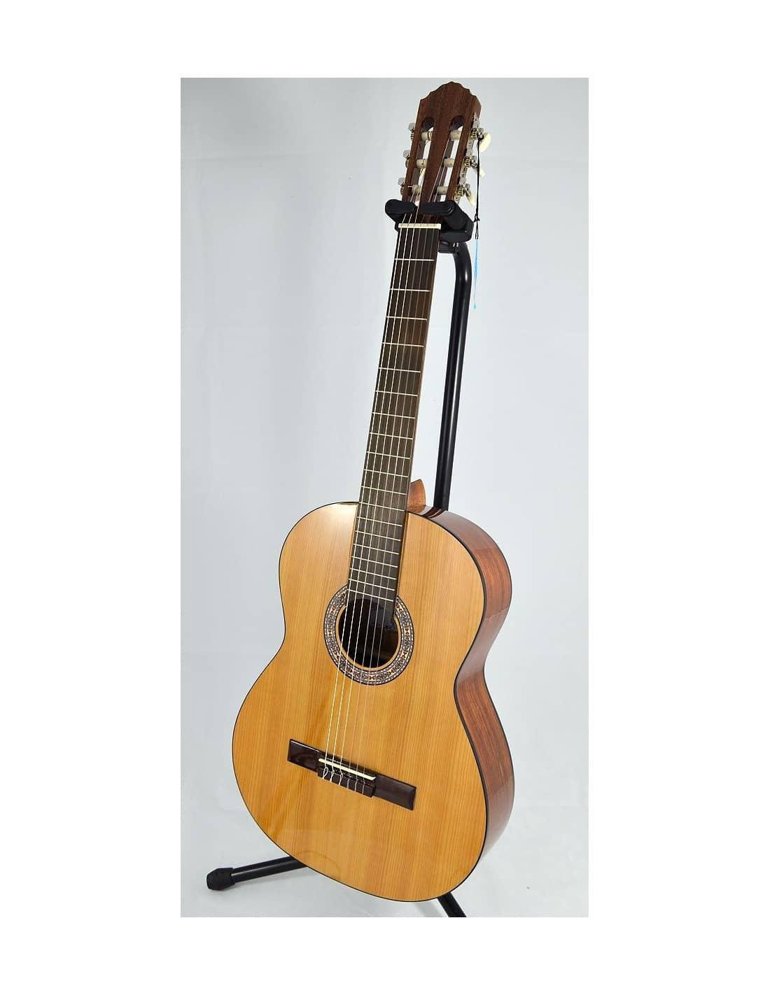 La alcazaba a1c guitarra clasica cedro for Guitarras la clasica