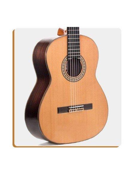Guitarras Clásicas y Flamencas